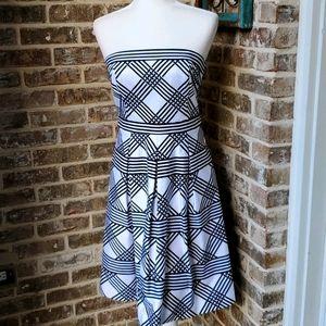 White House Black Market Print Strapless Dress